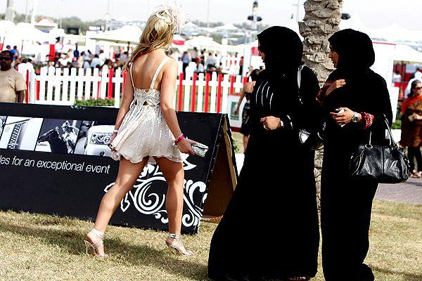 Как одеваться в ОАЭ?