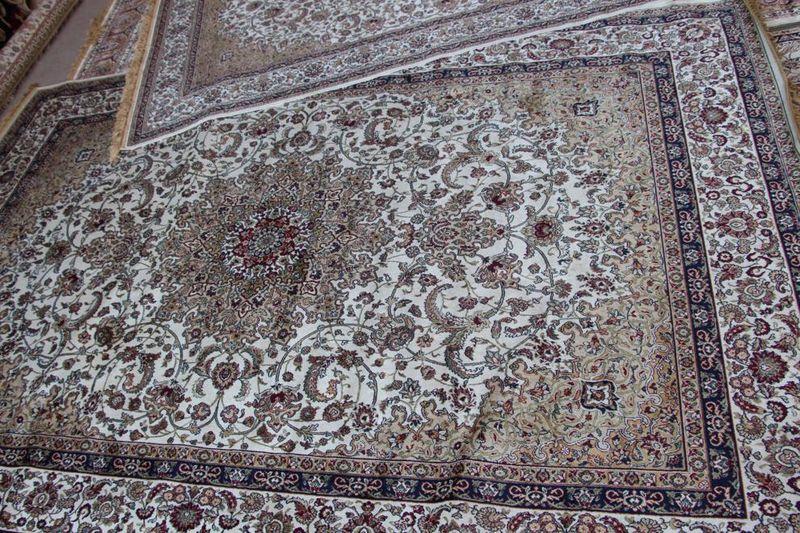 В ОАЭ огромный выбор ковров