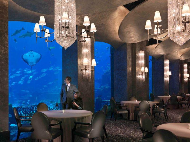 Ресторан Ossiano в отеле Atlantis, The Palm 5*